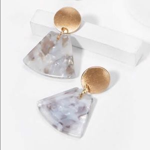 Jewelry - Disc and fan shaped drop earrings